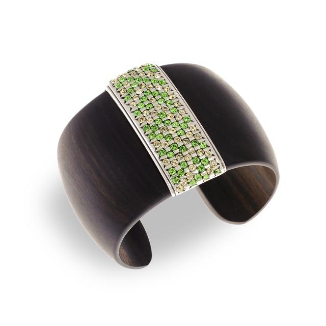 Hissia Peridot Luz Cuff bracelet